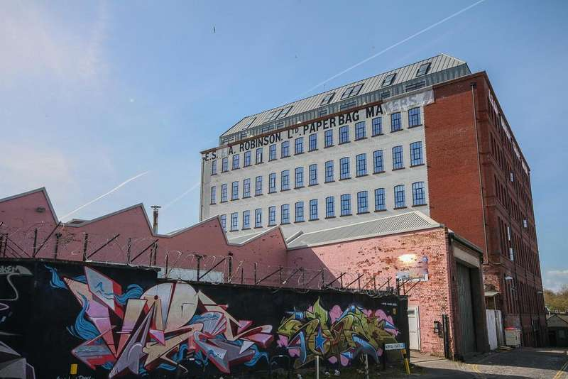 1 Bedroom Flat for sale in The Robinson Building, Norfolk Place, Bristol, BS3 4AX