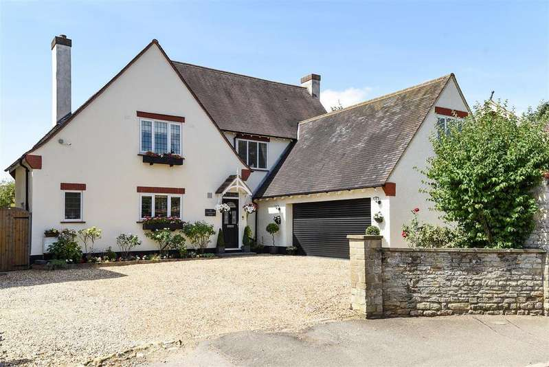 4 Bedrooms Detached House for sale in Calverton Road, Stony Stratford, Milton Keynes