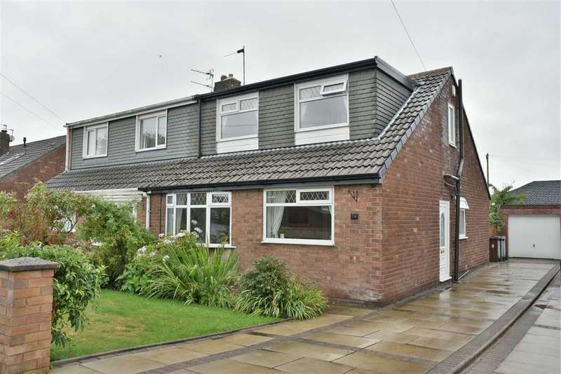 4 Bedrooms Semi Detached House for sale in Longhurst Road, Hindley Green