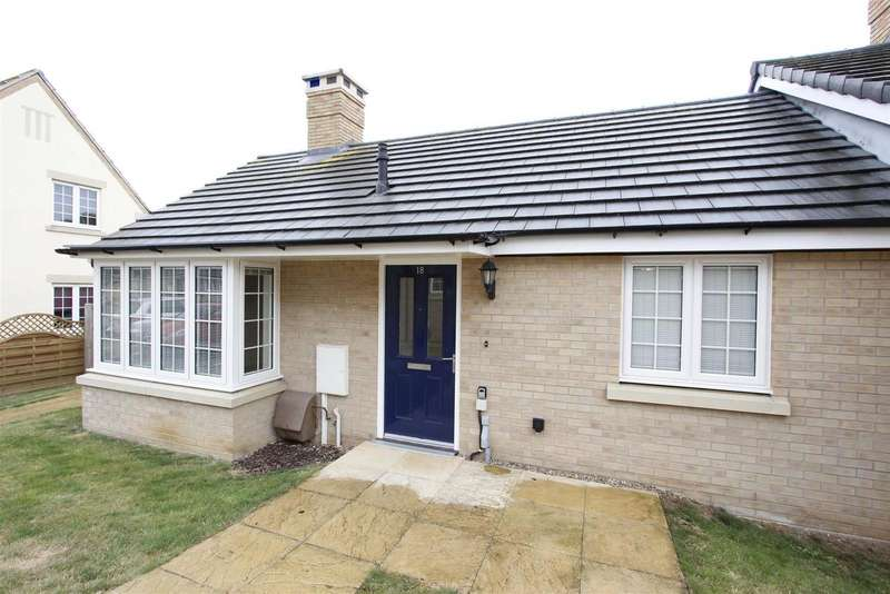 2 Bedrooms Property for sale in The Croft, Bourne
