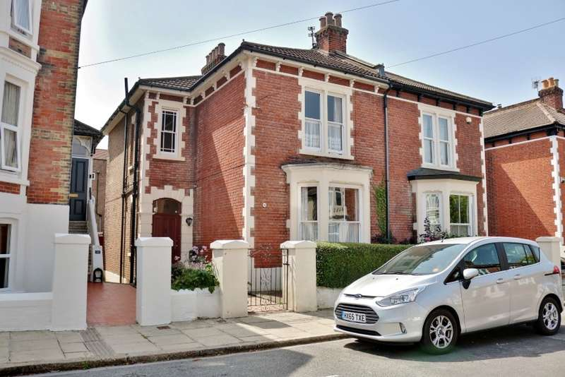 5 Bedrooms Property for sale in 16 Livingstone Road, Southsea, Portsmouth, Hampshire