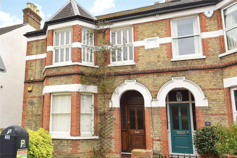 2 Bedrooms Apartment Flat for sale in Clarence Road, Windsor, Berkshire, SL4
