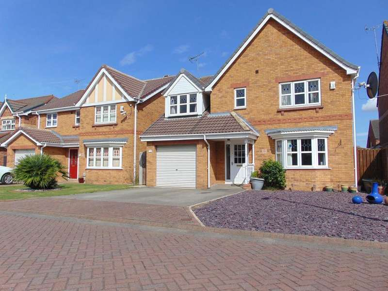 4 Bedrooms Detached House for sale in Tollymore Park, Kingswood, Hull, HU7 3HY