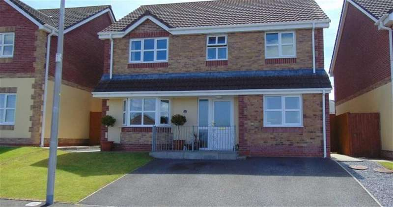 4 Bedrooms Detached House for sale in Maes Y Bryn, Bryn, Llanelli