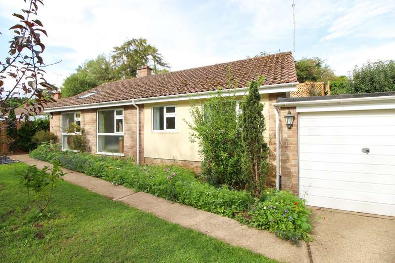 3 Bedrooms Detached Bungalow for sale in Peppard Road, Peppard Common, Henley-On-Thames, RG4