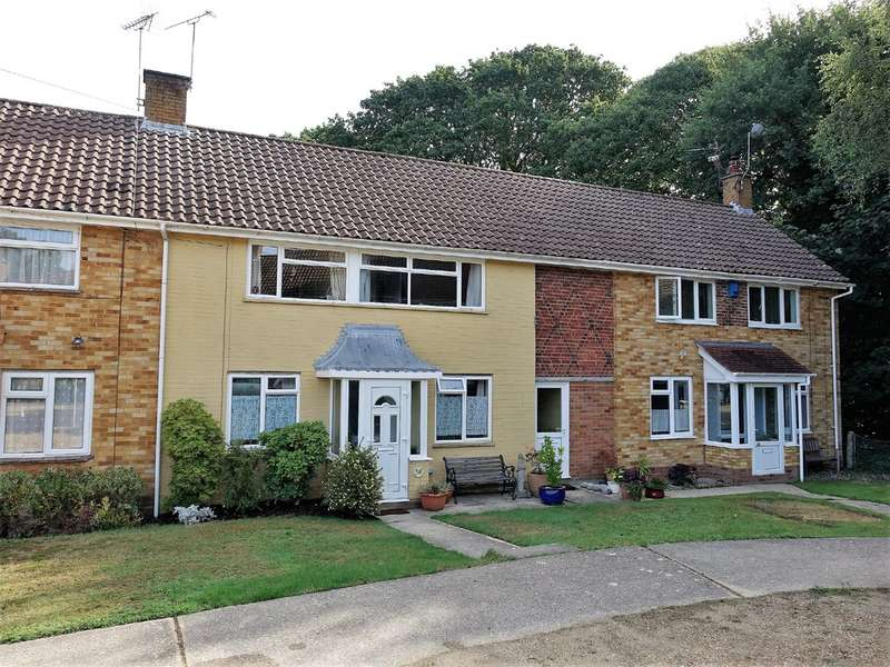 3 Bedrooms Terraced House for sale in Rosebery Avenue, Hythe