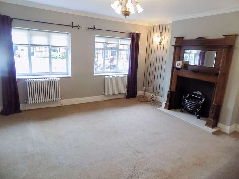 3 Bedrooms Detached House for sale in Church Street, Blackrod, Bolton, BL6
