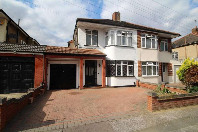 3 Bedrooms Semi Detached House for sale in Ainsley Avenue, Romford, RM7