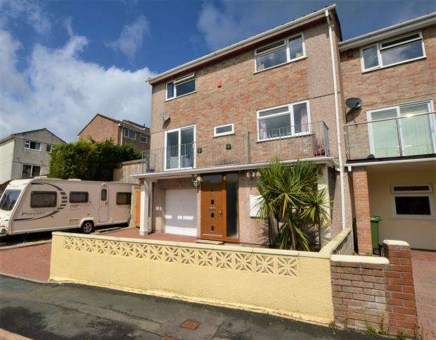 4 Bedrooms Semi Detached House for sale in Rashleigh Avenue, Plymouth, Devon