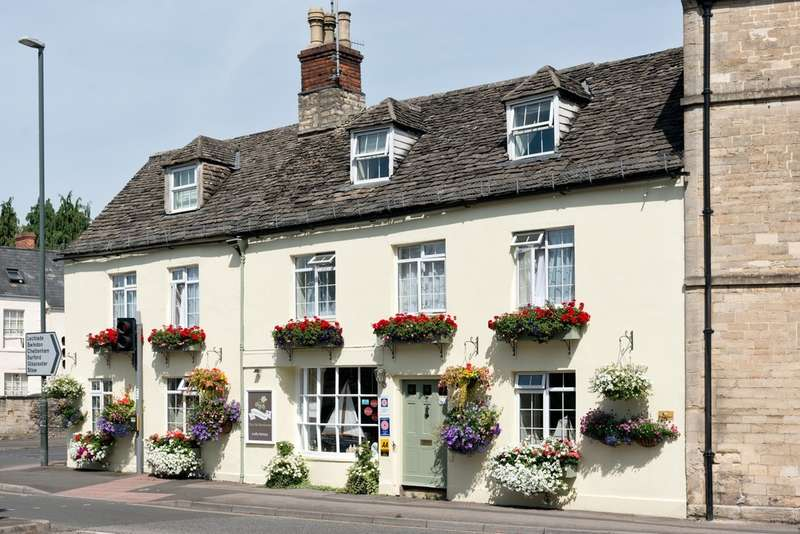 11 Bedrooms Commercial Property for sale in Cirencester