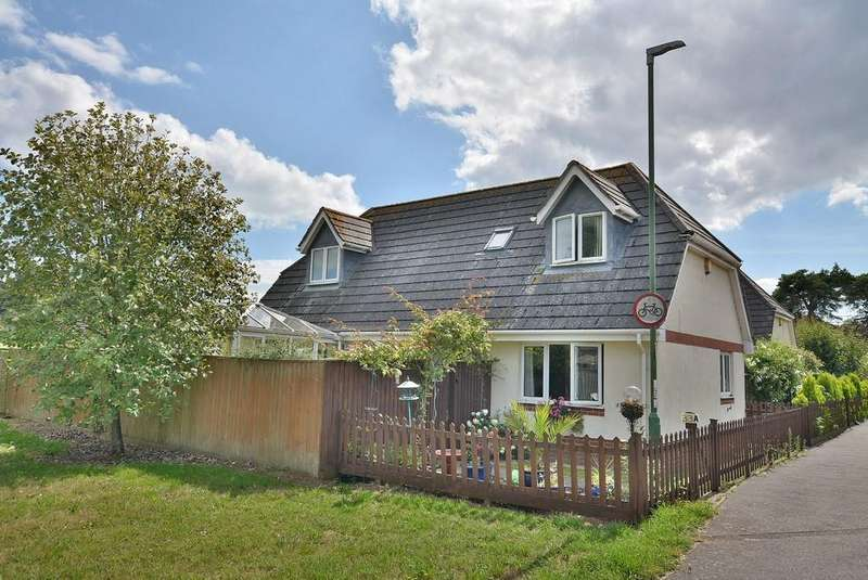 3 Bedrooms Detached House for sale in Francis Avenue, Bournemouth