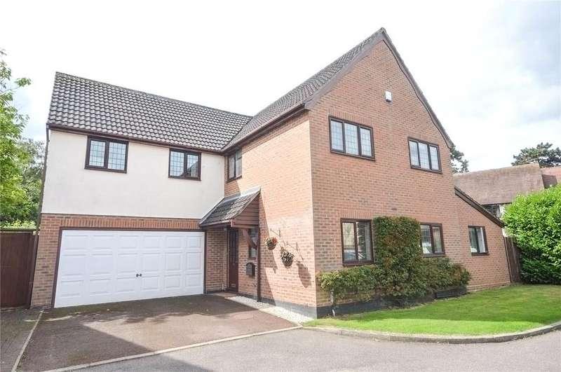 5 Bedrooms Detached House for sale in Foxley Drive, Bishop's Stortford, Hertfordshire, CM23