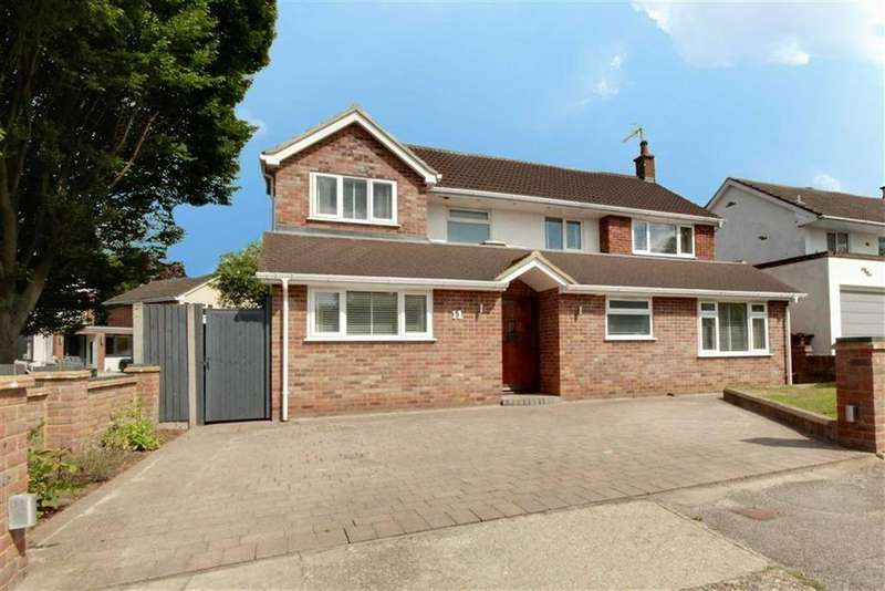 5 Bedrooms Detached House for sale in Ashridge Drive, Bricket Wood, Hertfordshire
