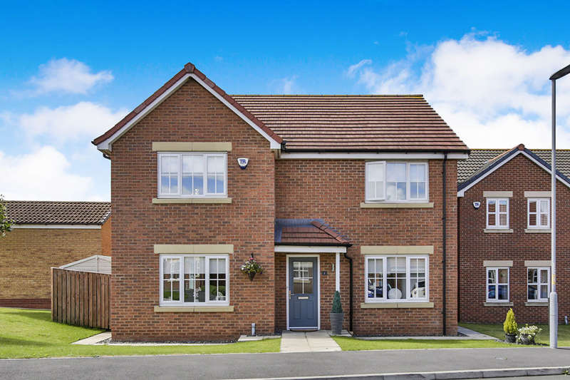5 Bedrooms Detached House for sale in Burton Constable Close, Spennymoor, DL16