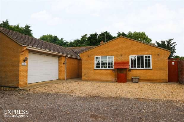 4 Bedrooms Detached Bungalow for sale in Lutton Gowts, Lutton, Spalding, Lincolnshire