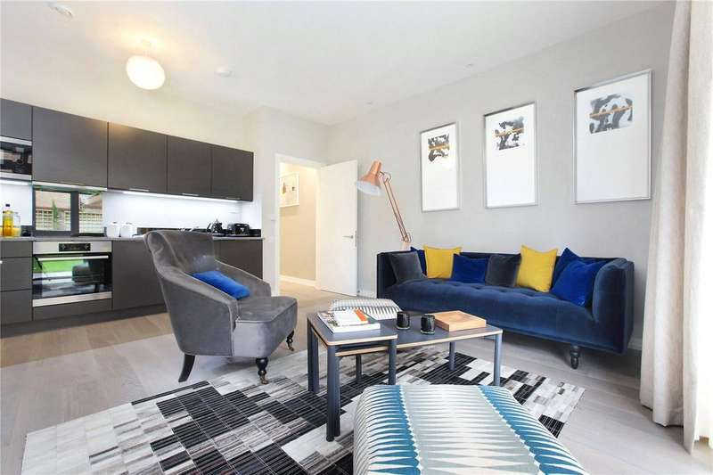 2 Bedrooms Apartment Flat for sale in Constance Court, 10 Chatfield Road, Battersea, London, SW11