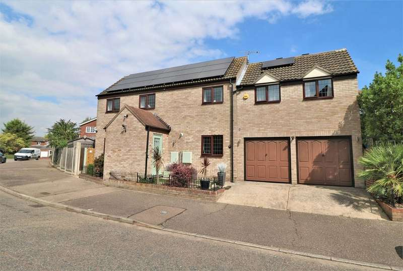 4 Bedrooms Detached House for sale in Westlake Crescent, Wivenhoe, Colchester, Essex