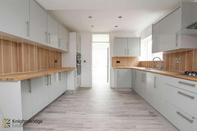 6 Bedrooms Terraced House for sale in Plashet Grove, East Ham, E6