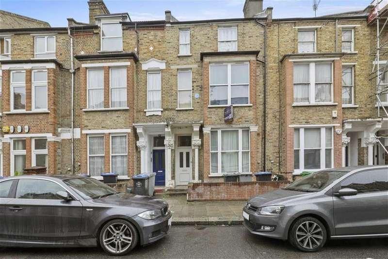 3 Bedrooms Flat for sale in Charteris Road, Kilburn, NW6