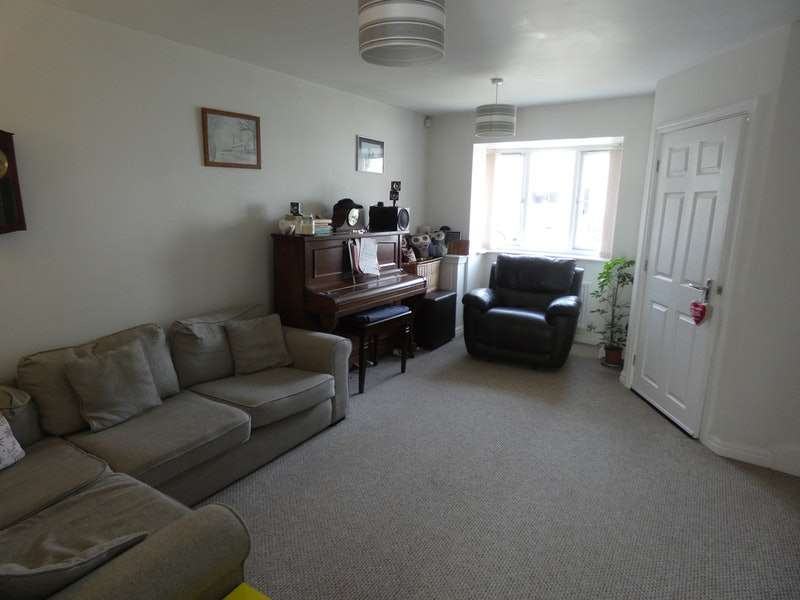3 Bedrooms Detached House for sale in Bank Street, Warrington, Greater Manchester, WA3
