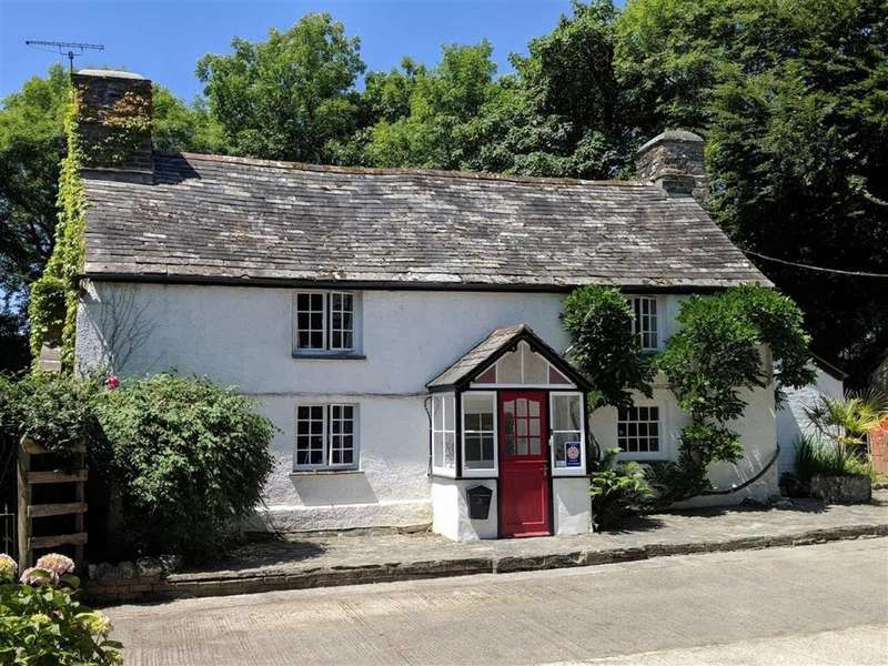 3 Bedrooms Detached House for sale in Confidentially Available, Launceston, Cornwall, PL15