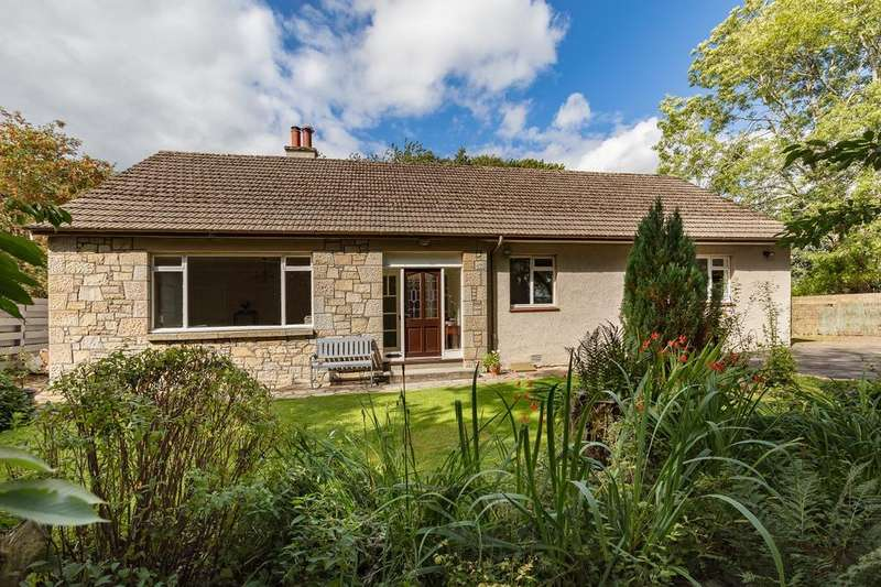 3 Bedrooms Detached Bungalow for sale in The Fairway, Neidpath Road, Peebles EH45 8NN