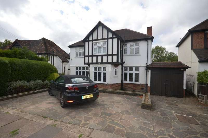 4 Bedrooms Detached House for sale in Mill Hill, London