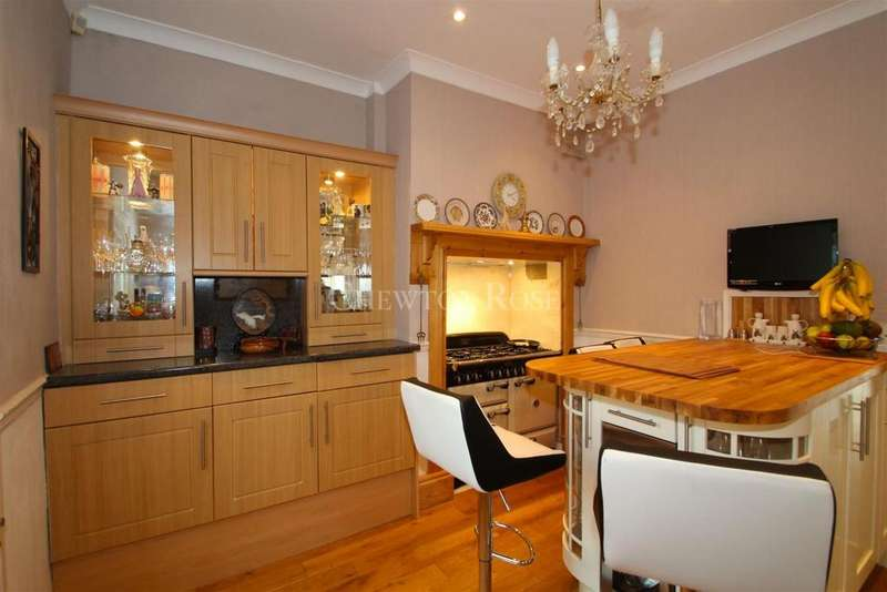5 Bedrooms Detached House for sale in Gower Road, Sketty, Swansea.