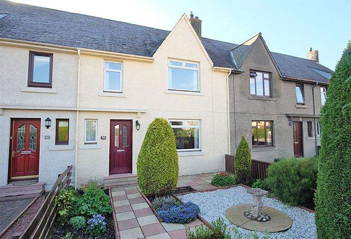 3 Bedrooms Terraced House for sale in 65 Montgomery Street, Innerleithen EH44 6JS