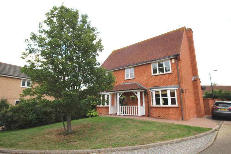 4 Bedrooms Detached House for sale in Bassingham Crescent, Tiptree