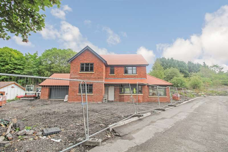 4 Bedrooms Detached House for sale in Harford Street, Sirhowy, Tredegar, NP22