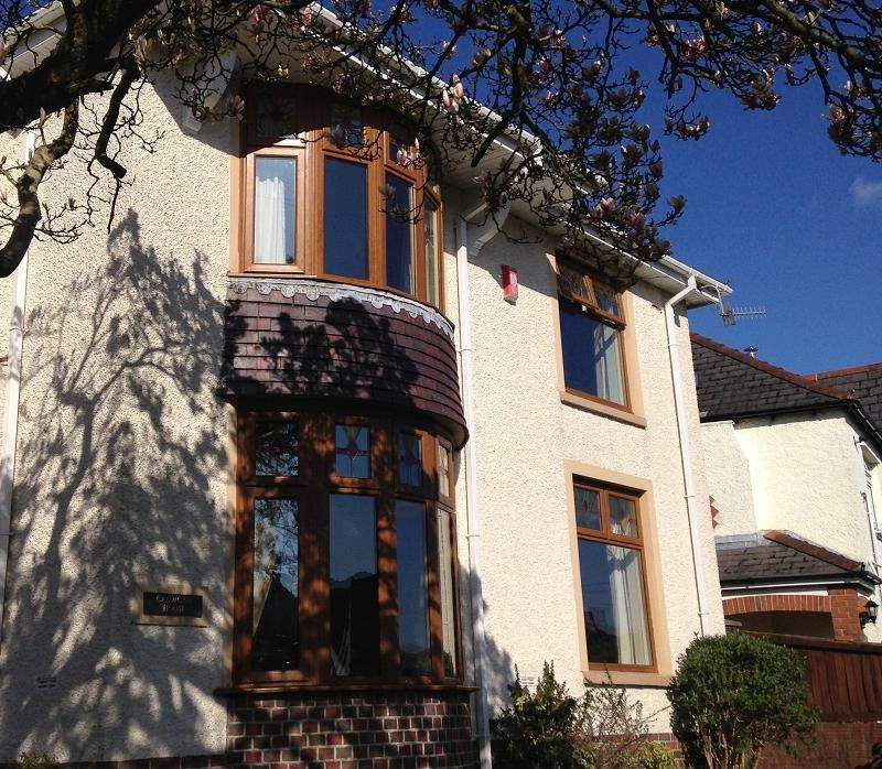 5 Bedrooms Detached House for sale in Cadwgan Road, Treorchy, Rhondda, Cynon, Taff. CF42 6SD