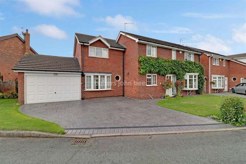 4 Bedrooms Detached House for sale in Chaffinch Way, Winsford