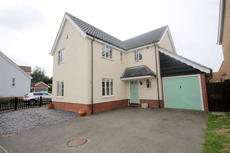 4 Bedrooms House for sale in Elthorne Park, Clacton on Sea
