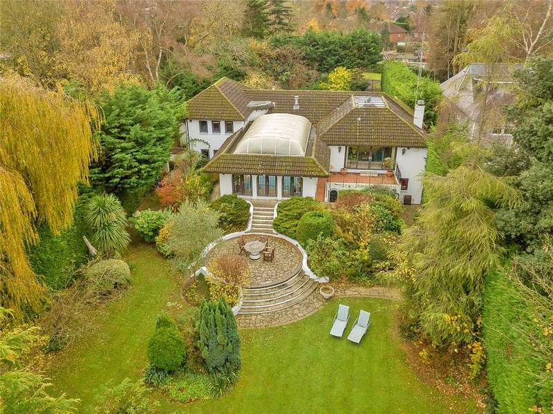 4 Bedrooms Detached House for sale in Mill Lane, Windsor, Berkshire, SL4