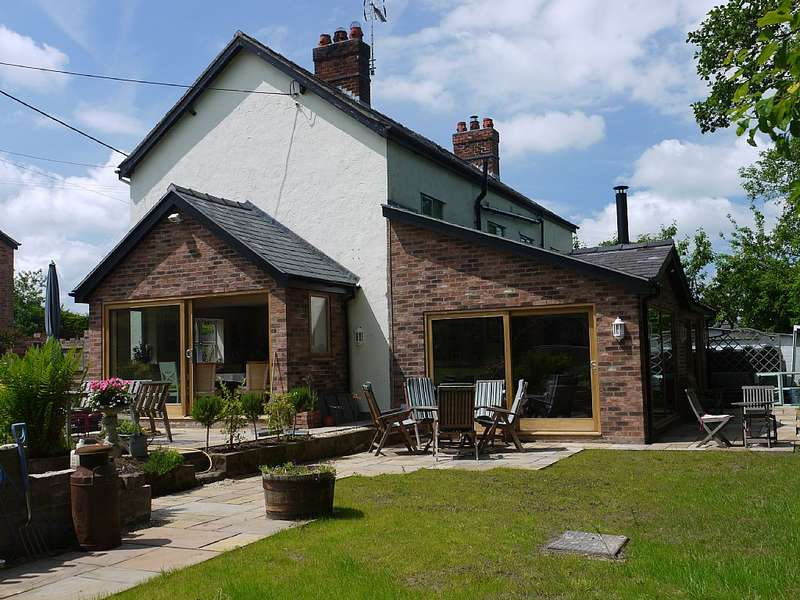 4 Bedrooms Detached House for sale in Tilston, MALPAS, Cheshire, SY14 7DR
