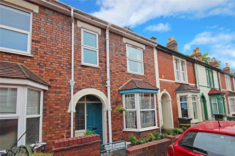 3 Bedrooms Terraced House for sale in Rosebery Avenue, St. Werburghs, Bristol, BS2