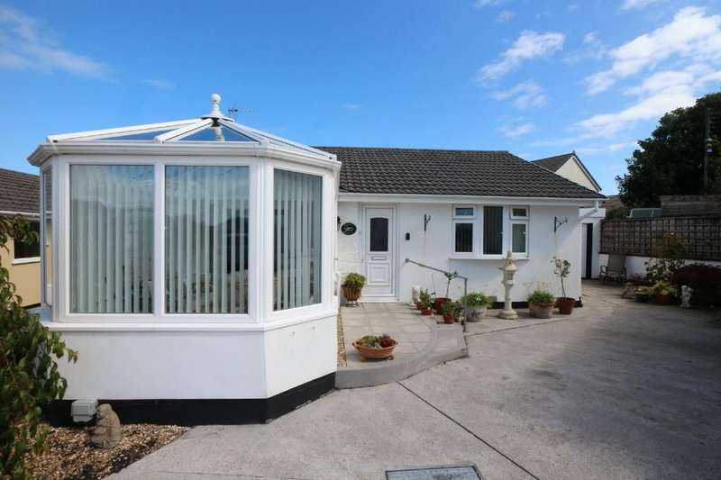 3 Bedrooms Detached Bungalow for sale in Roseland Park, Camborne