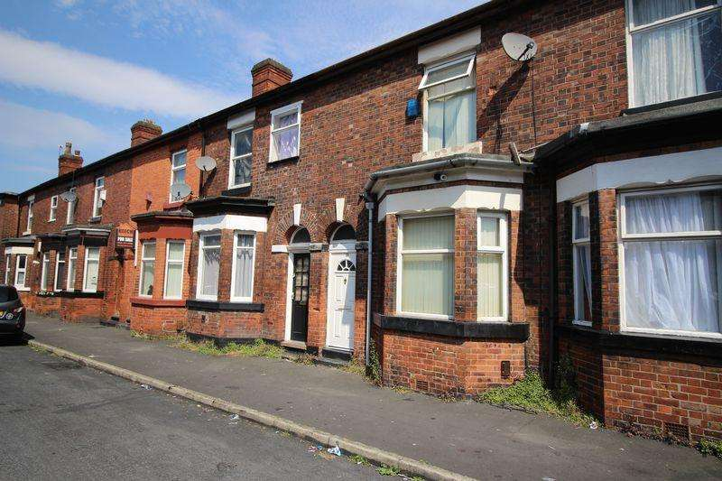 2 Bedrooms Terraced House for sale in Peterborough Street, Manchester