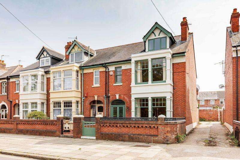 4 Bedrooms Terraced House for sale in Kirby Road, Portsmouth