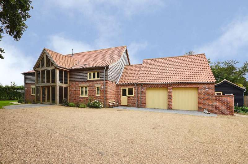 5 Bedrooms Detached House for sale in Stone Road, Yaxham