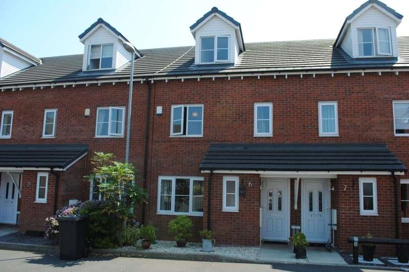 4 Bedrooms Terraced House for sale in Smethurst Farm Mews, Wigan, WN5