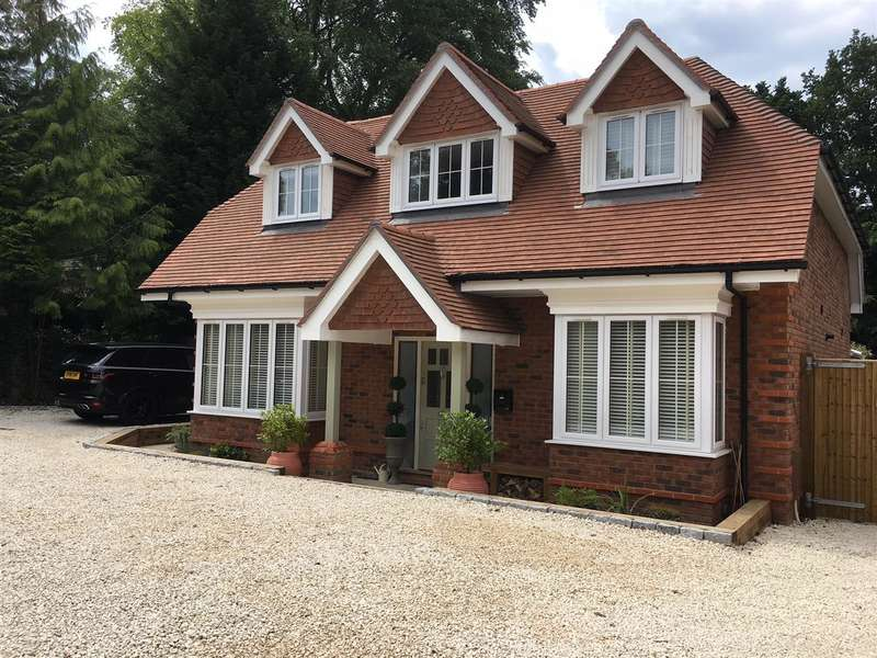 4 Bedrooms Detached House for sale in Bay Lodge, Fox Covert Close, Sunninghill