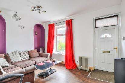 2 Bedrooms Terraced House for sale in Seldon Street, Colne, Lancashire, ., BB8