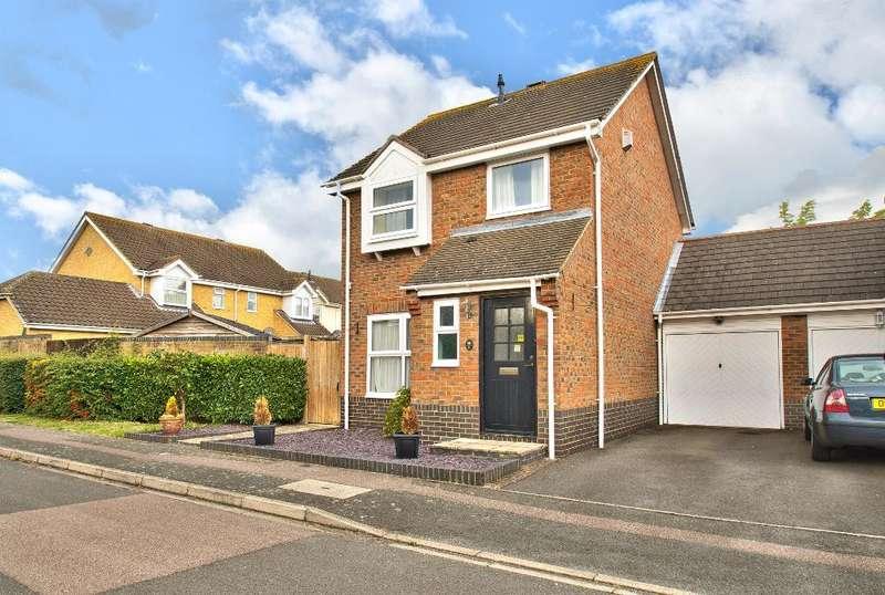 3 Bedrooms Link Detached House for sale in Bishops Road, Bedford, MK41 0SJ