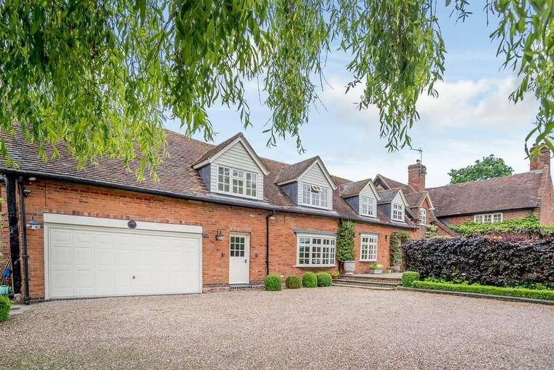 4 Bedrooms Detached House for sale in Bentleys Lane, Coleshill, Birmingham