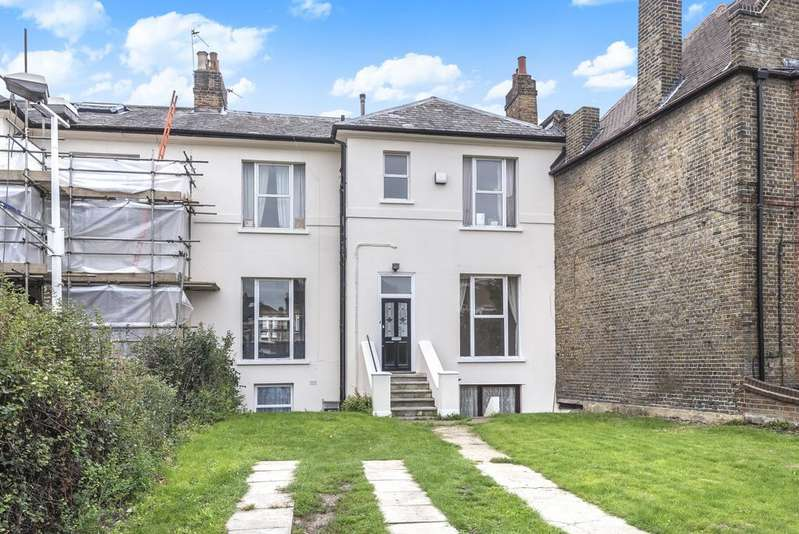 2 Bedrooms Flat for sale in East Dulwich Road East Dulwich SE22