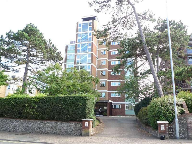 3 Bedrooms Apartment Flat for sale in Ripley Chase, 17 The Goffs, Eastbourne, BN21