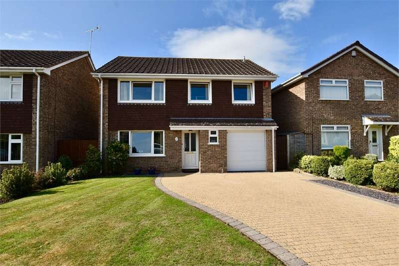 4 Bedrooms Detached House for sale in Cherington Road, Nailsea, Bristol, North Somerset