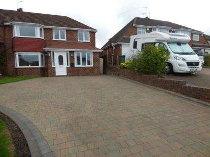 3 Bedrooms Semi Detached House for sale in Haswell Road, Halesowen, West Midlands